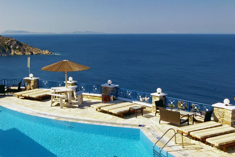 Outdoor Pool & Sea View